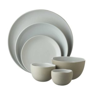 barefoot collection dinner set