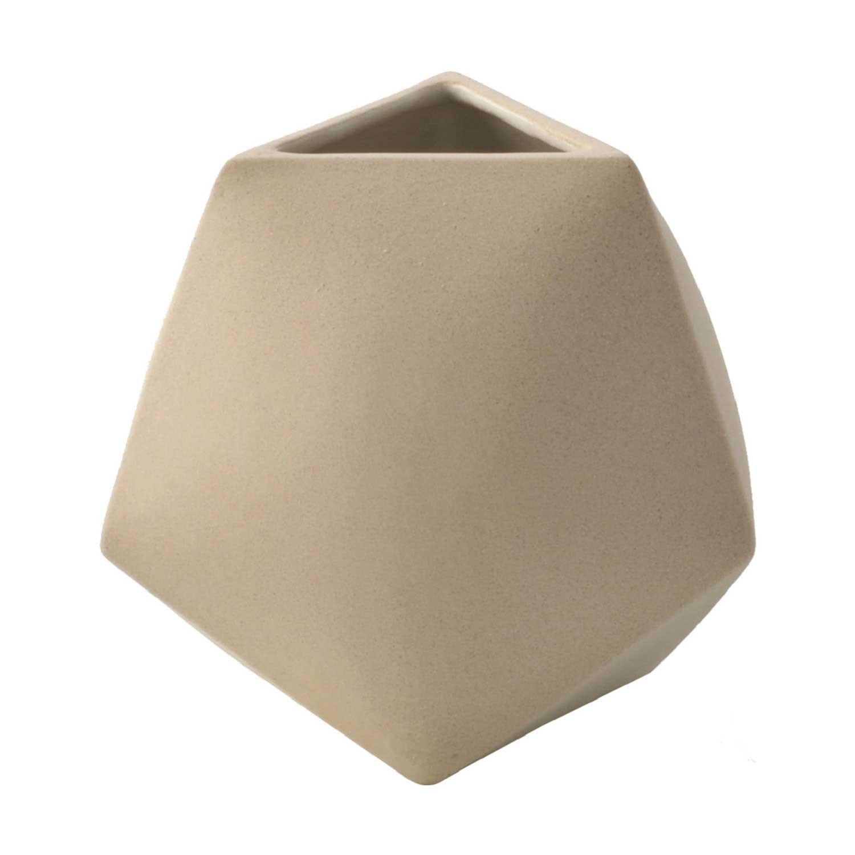 vase by aleph geddis