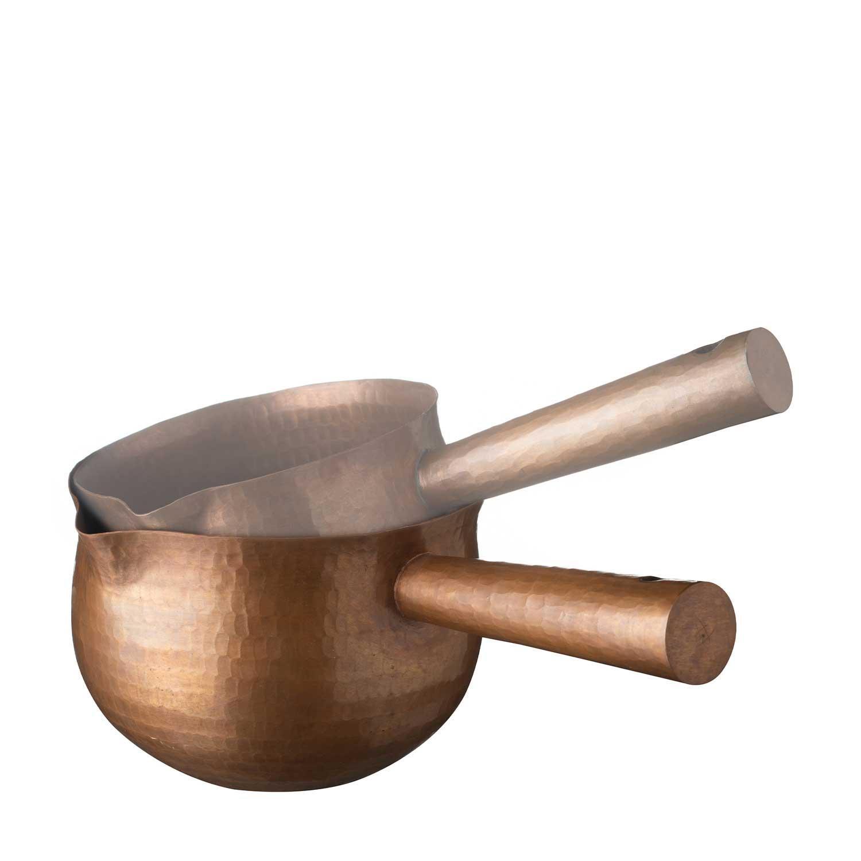 medium pan with handle