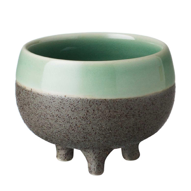 small tripod cup