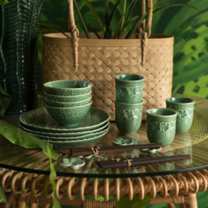 dining frangipani collection