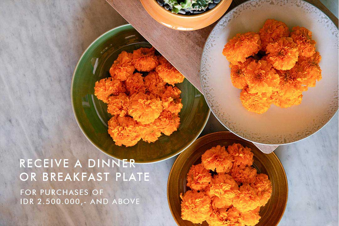 A Free Dinner or Breakfast Plate